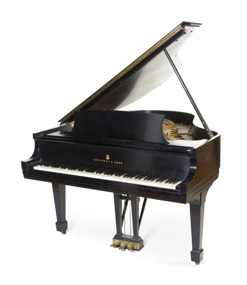 419: A Steinway & Sons Baby Grand Piano, Length 66 inch