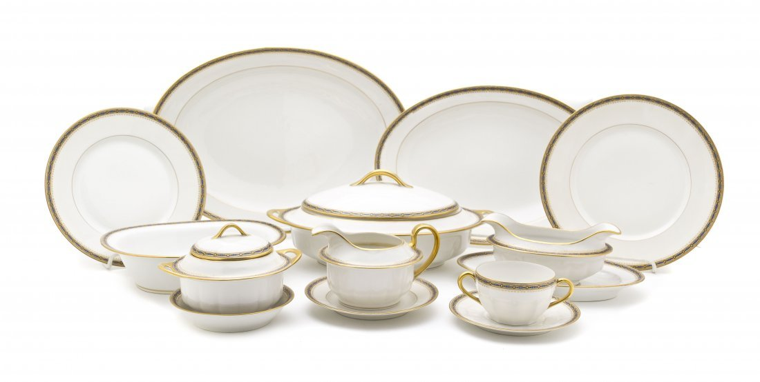 20: A Limoges Porcelain Dinner Service, Jean Boyer, Dia