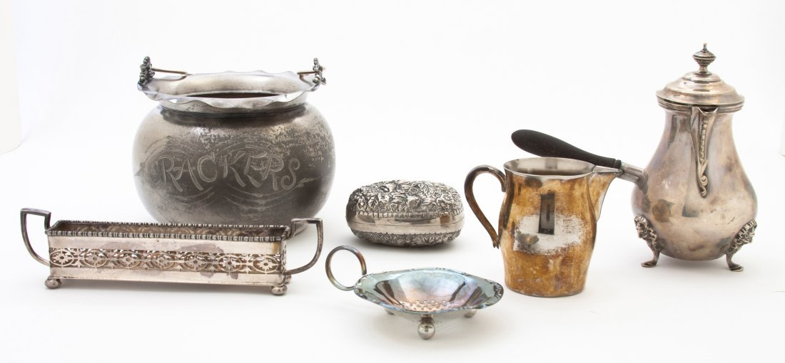 2669: A Collection of American and English Silverplate
