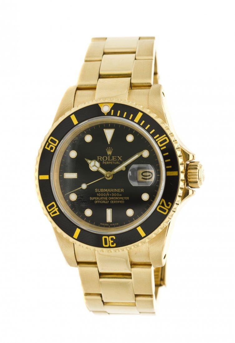422: An 18 Karat Yellow Gold Ref. 16808 Submariner Wris