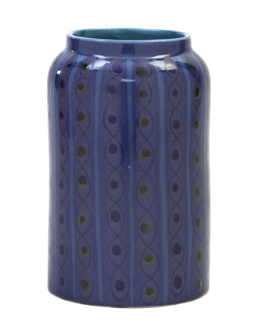 1062: A Glazed Ceramic Vase, Arabia Finland, Height 6 3