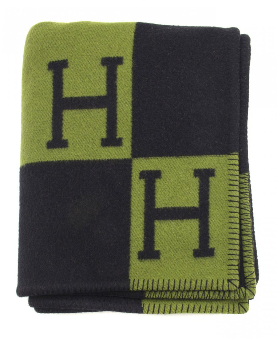 565: An Hermes Green and Black Wool Cashmere Blanket, 5