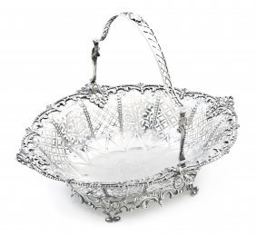 10: A George III Silver Basket, William Plummer, Width