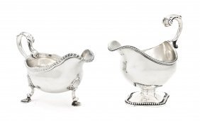 16: A George III Silver Sauce Boat, Daniel Smith & Robe