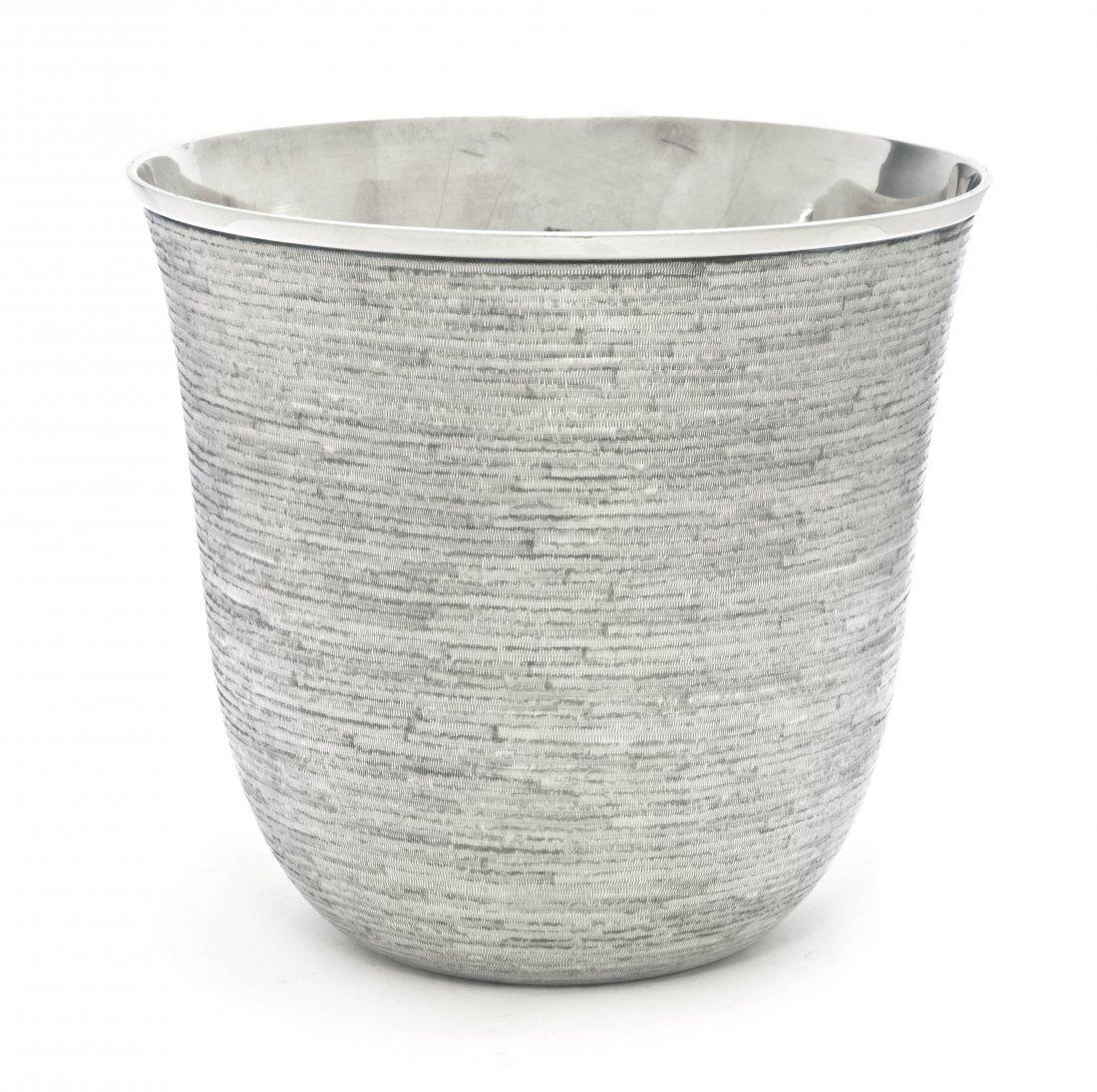 191: An Italian Silver Ice Bucket, Buccellati, Height 5