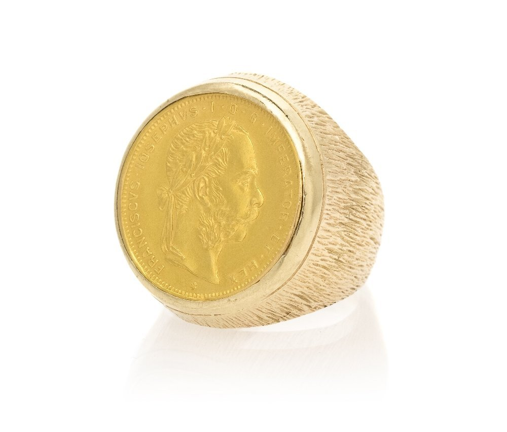 779: A 14 Karat Yellow Gold and Austrian Coin Ring, 10.