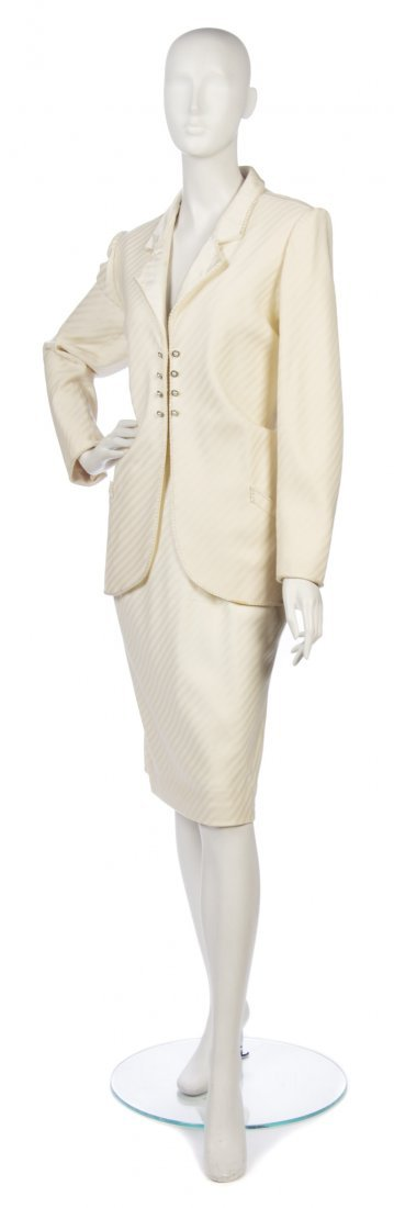 21: An Emanuel Ungaro Couture Cream Wool Evening Ensemb