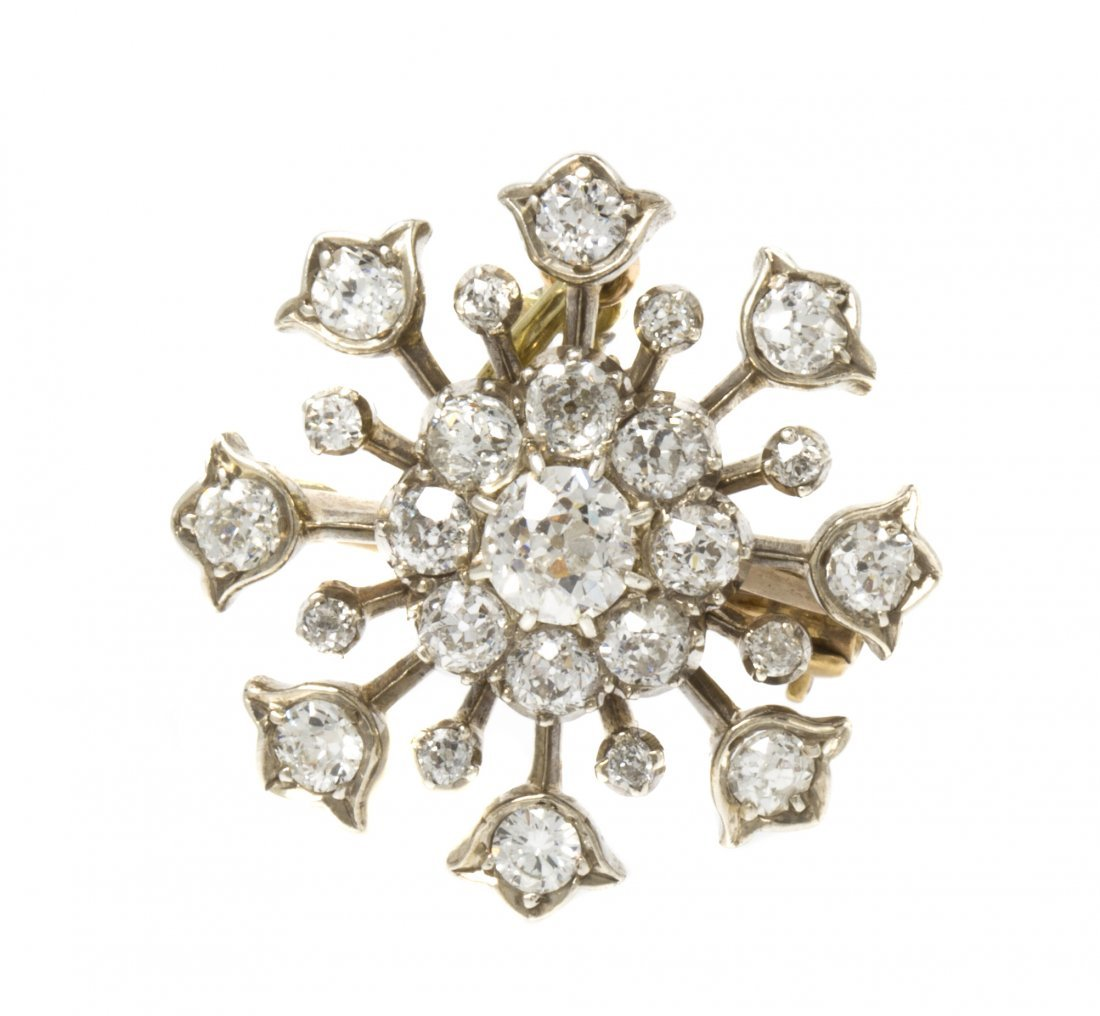 A Victorian Silver Topped Yellow Gold and Diamond Snowf