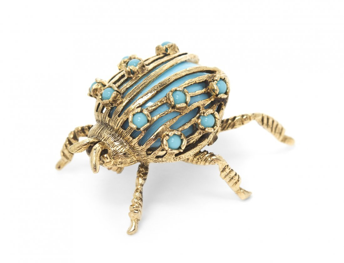 A 14 Karat Yellow Gold and Turquoise Bug Brooch, 6.45 d