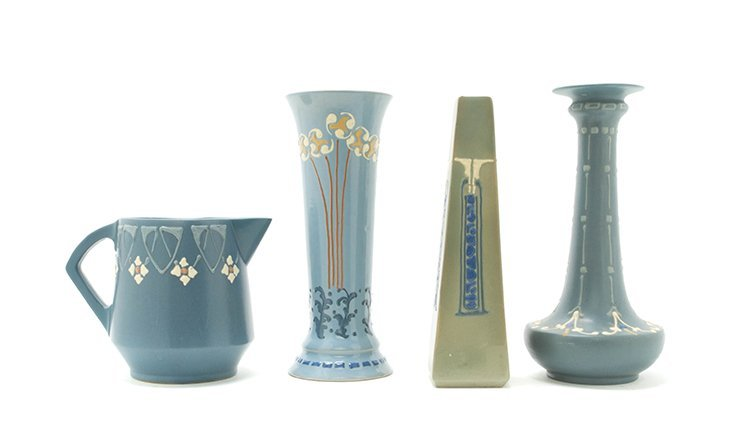 Four Roseville Pottery Articles, Height of tallest 10 3
