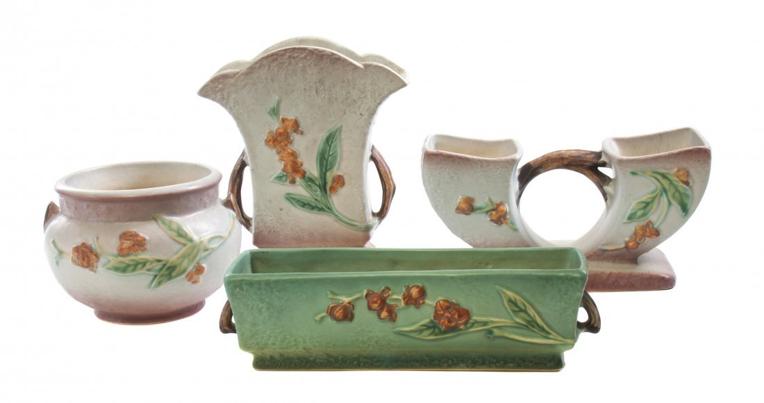Four Roseville Pottery Articles, Height of tallest 7 3/
