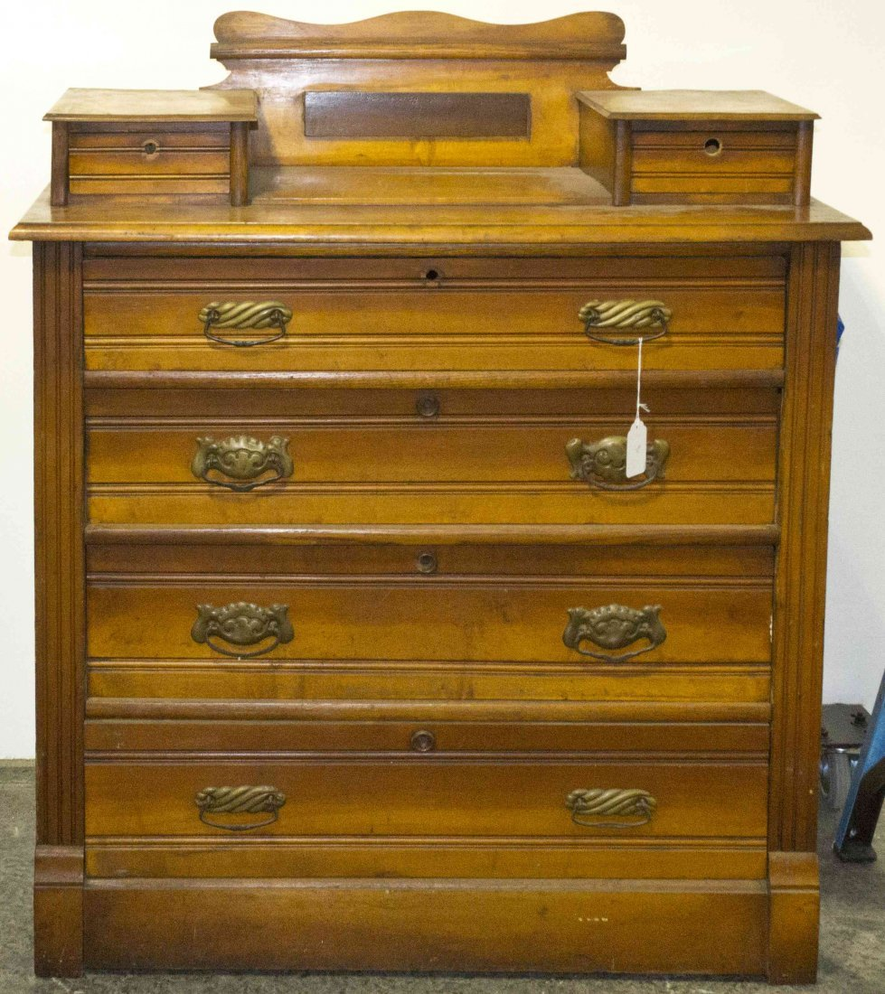 A Late Victorian Pine Chest of Drawers, Height 46 x wid