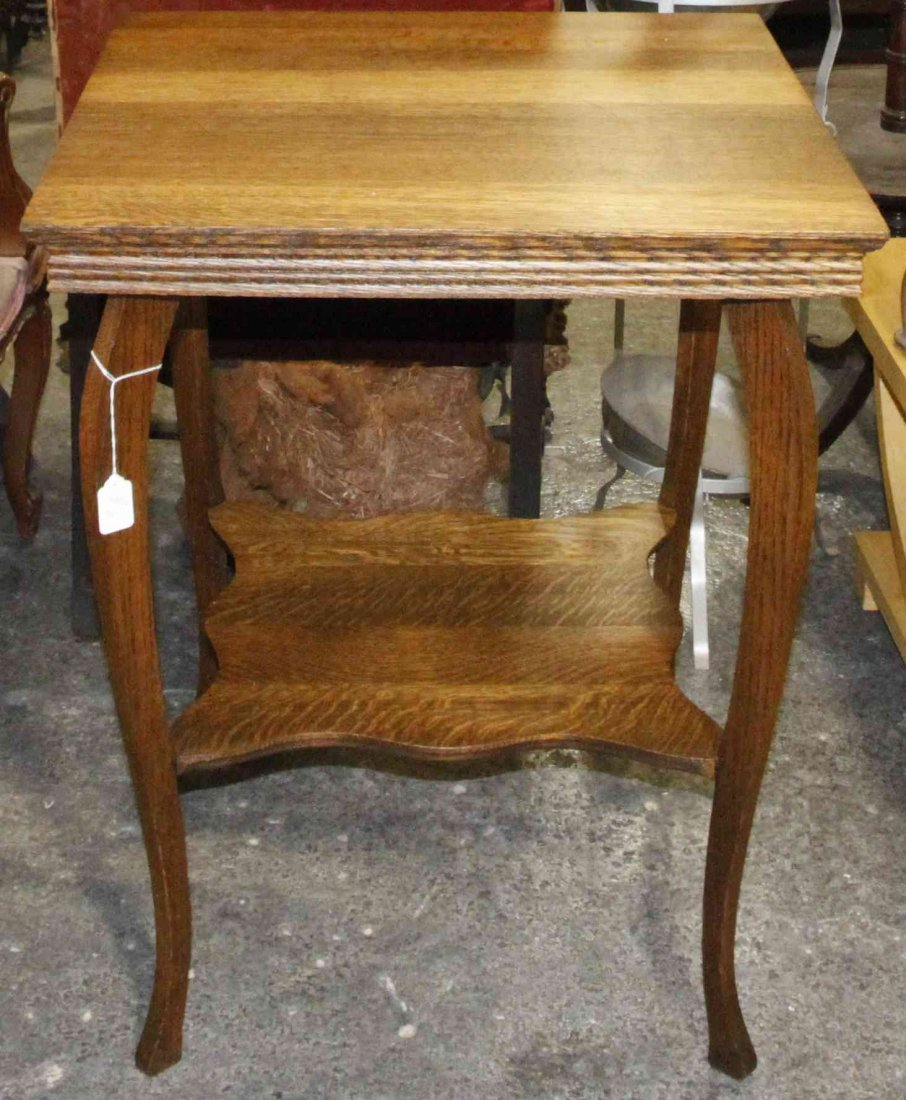 An American Oak Occasional Table, Height 30 x width 24