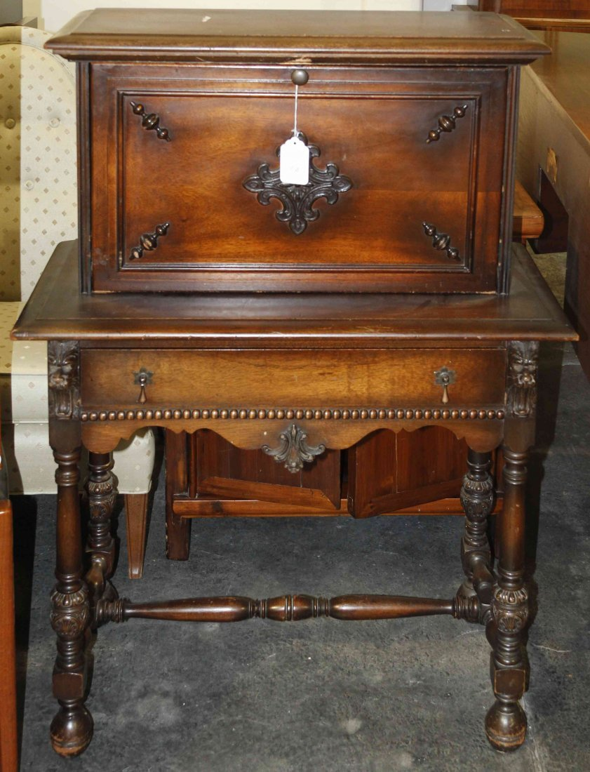 A Victorian Lady's Mahogany Writing Desk, Height 43 x