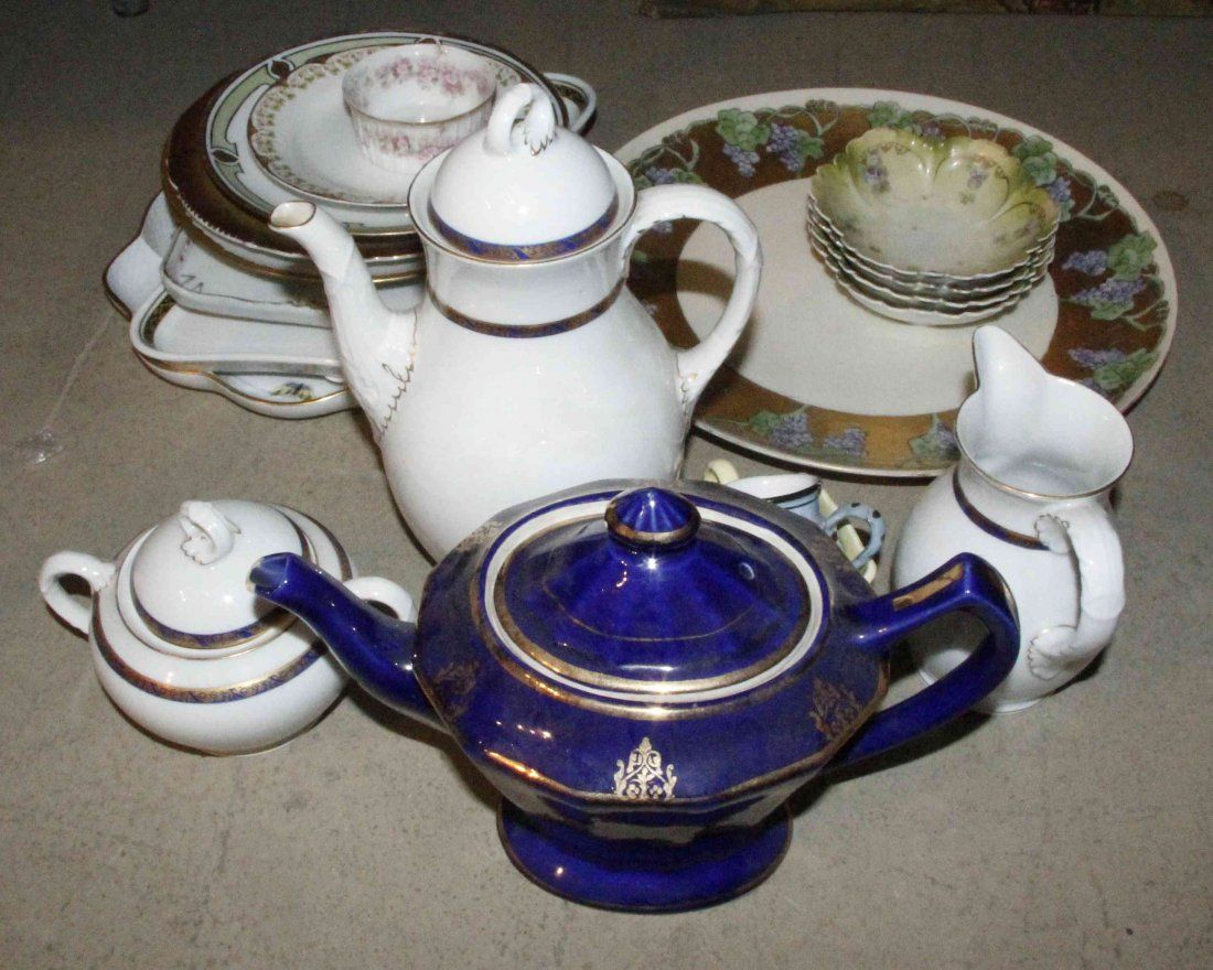 A Collection of Continental Porcelain Articles, Height
