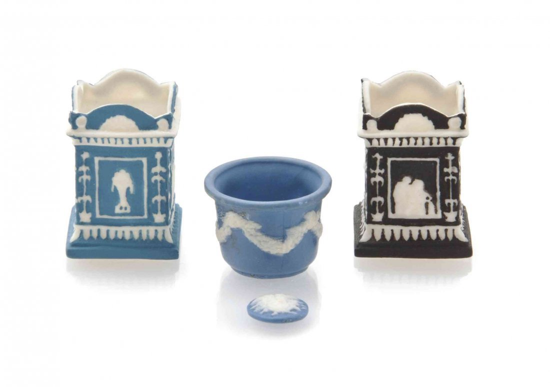 Four Wedgwood Style Porcelain Articles, Ron Benson,