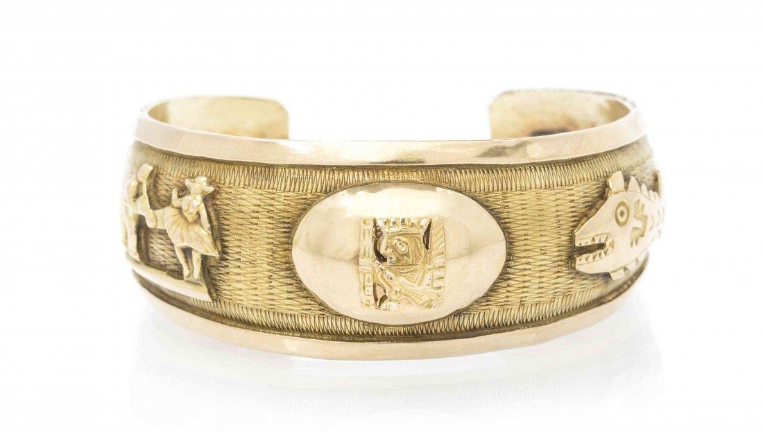 An 18 Karat Yellow Gold Cuff Bracelet, 18.10 dwts.