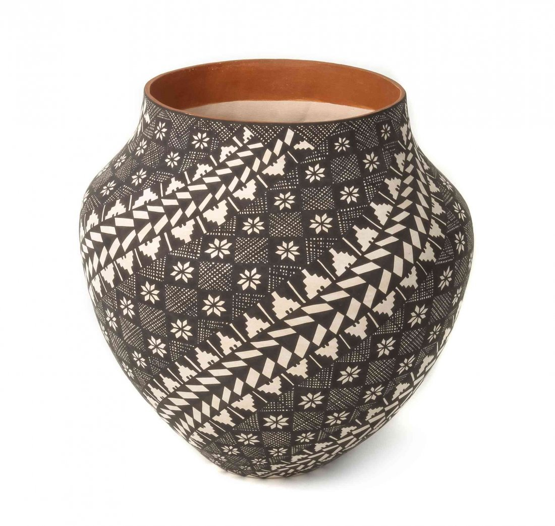An Acoma Two-Color Olla, Sandra Victorino, Height 9 3/4