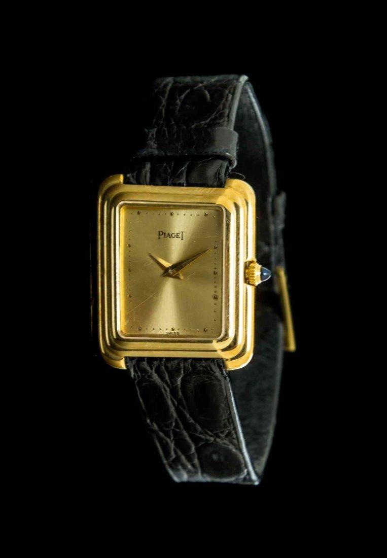 An 18 Karat Yellow Gold Ref. 44101 Wristwatch, Piaget,