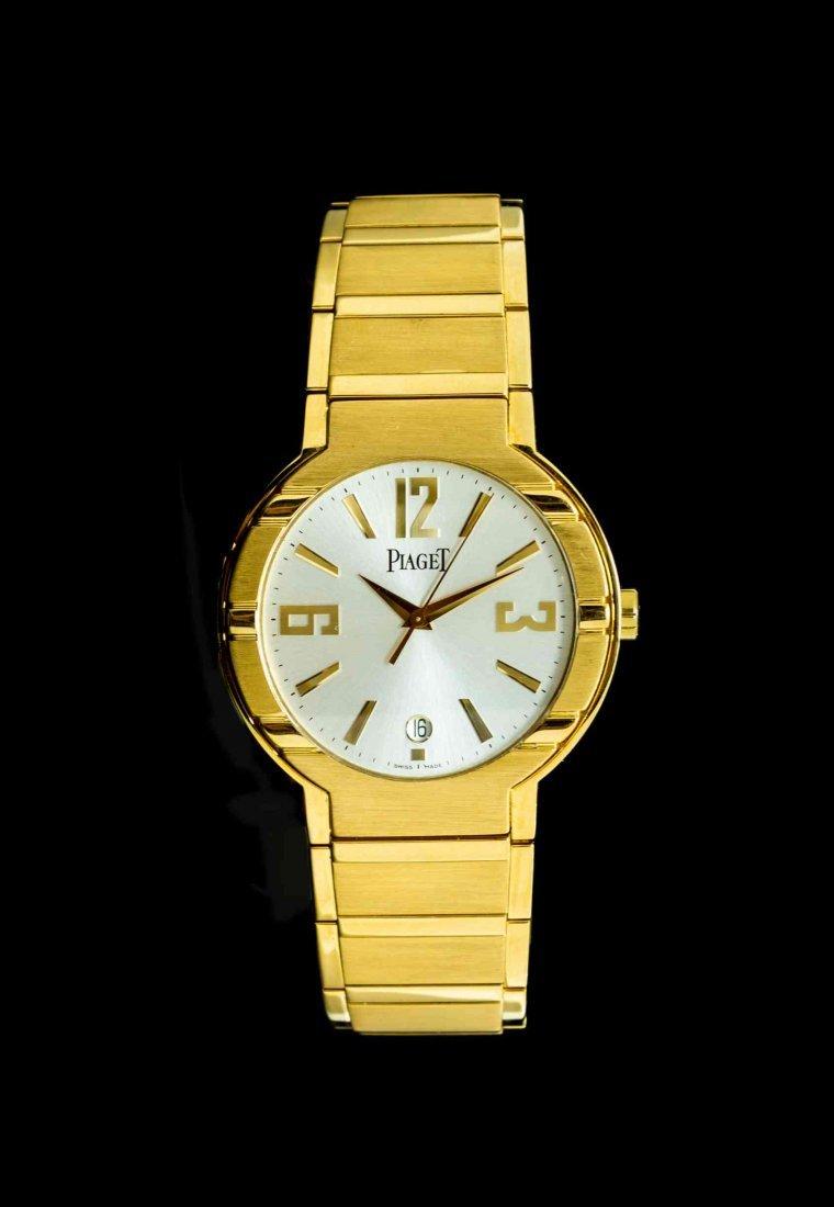 An 18 Karat Yellow Gold Ref. P10113 Polo Grande