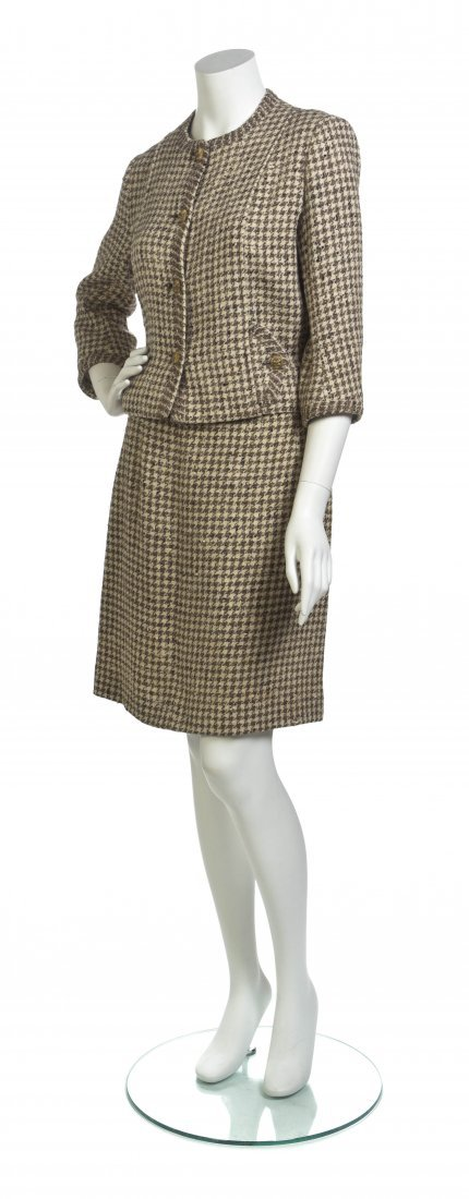 A Chanel Couture Tan Houndstooth Tweed Skirt Suit,