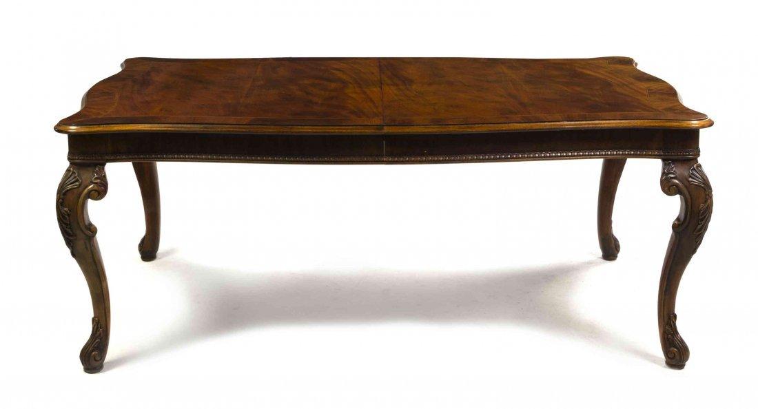 A Henredon Georgian Style Mahogany Extension Table,