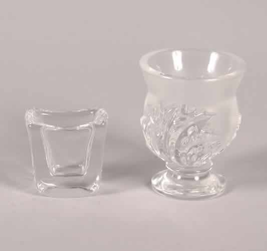 518: A Lalique Glass Vase,