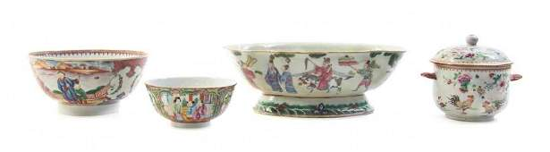 Four Chinese Export Porcelain Articles Width of widest
