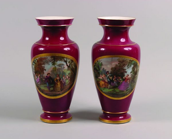 6: A Pair of Paris Porcelain Vases,