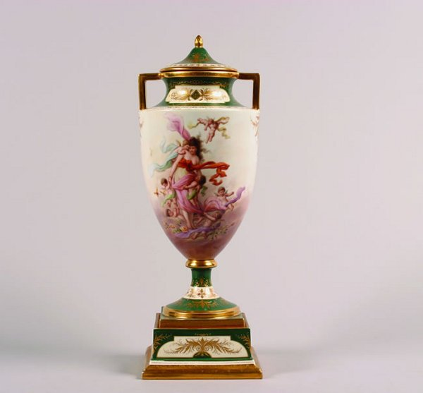 494: A Royal Vienna Covered Urn,
