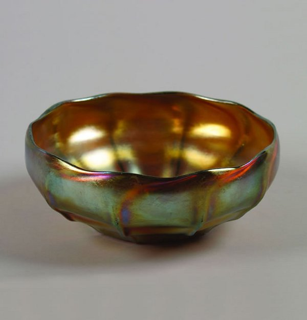 507: A Large Tiffany Favrile Bowl,