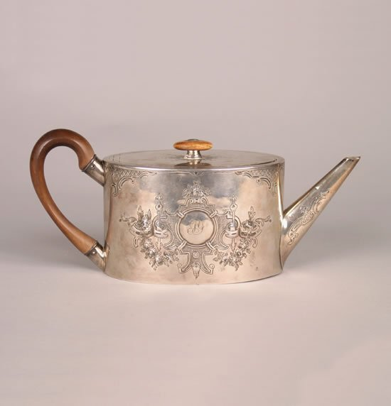 264: A George III Silver Teapot, Andrew Fogelberg & Ste