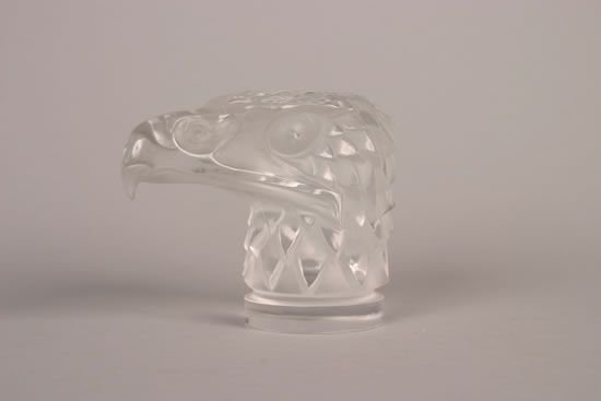 933: A Lalique Tete D'Aigle Car Mascot,