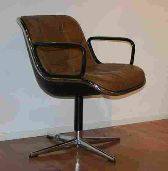A Set of Four Executive Chairs by Knoll,