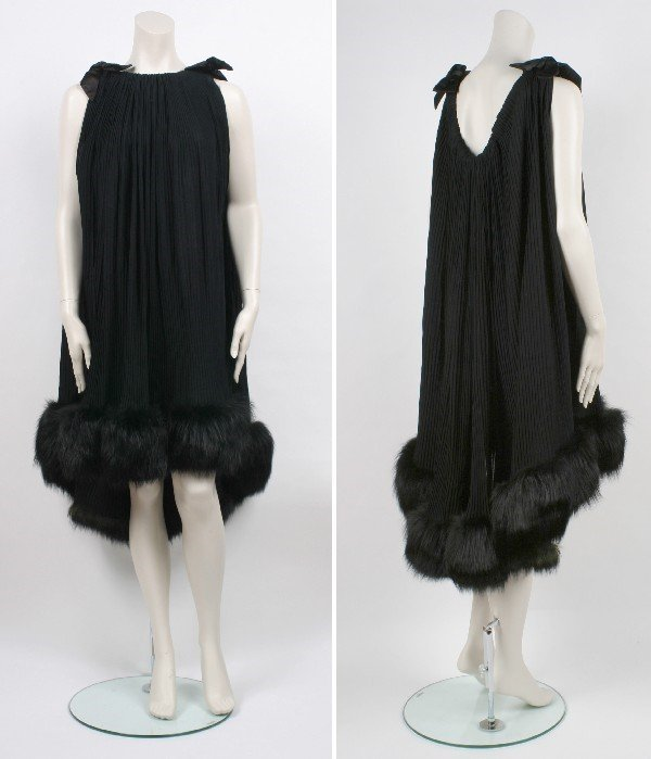 6: Traina-Norell Black Trapeze Cocktail Dress
