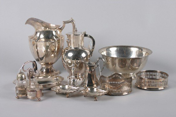16: A Group of Silver Plate Table Articles, Height of w