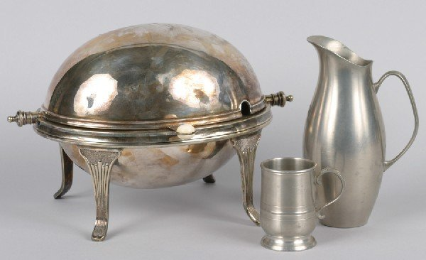 20: A Silver Plate Vegetable Dish, Length of dish 13 in