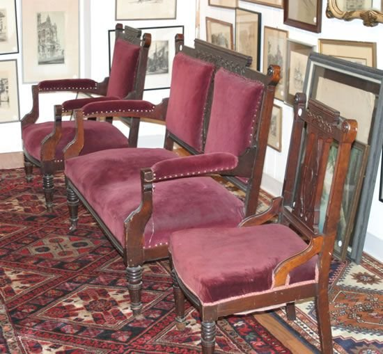 24: A Three Piece American Carved Mahogany Parlor Suite