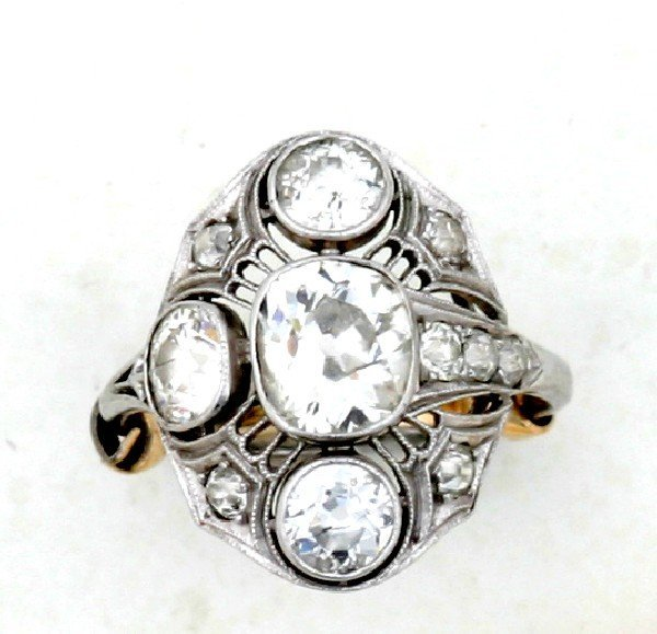 24: A Lady's Platinum and Diamond Filigree Style Ring,