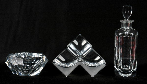 417: A Group of Three Crystal Table Articles, Height of