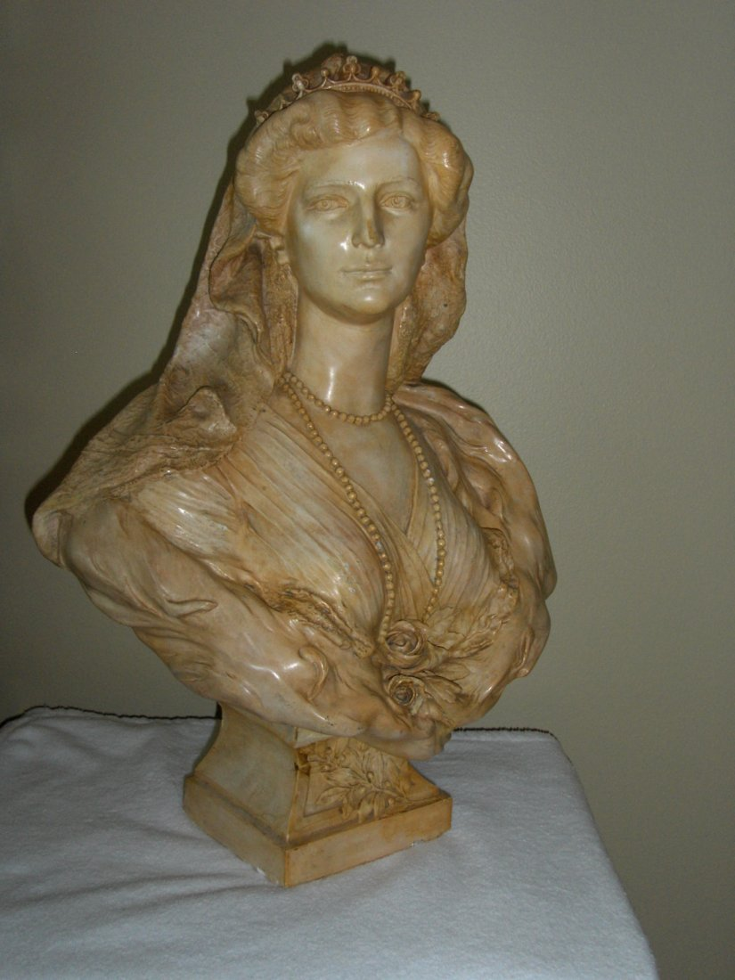 BUST OF KIZARIN ZITA OF AUSTRIA 1892-1989