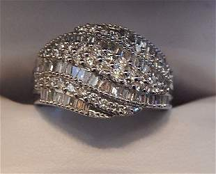 LADIES DIAMOND COCKTAIL RING 14KT WHITE GOLD
