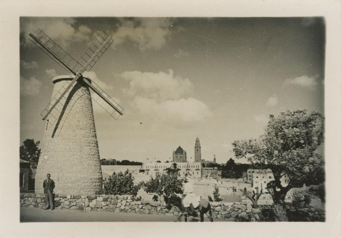 Photographs of Jerusalem - Hanania Brothers - Sets in