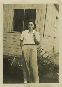 Photograph of Hannah Szenes in Kibbutz Sdot Yam -