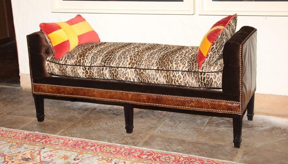 Meryl Bed Bench