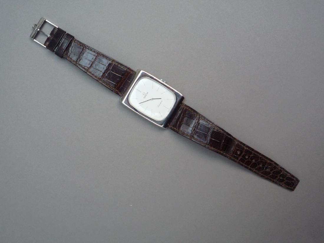 OMEGA Montre bracelet d'homme, la montre de forme