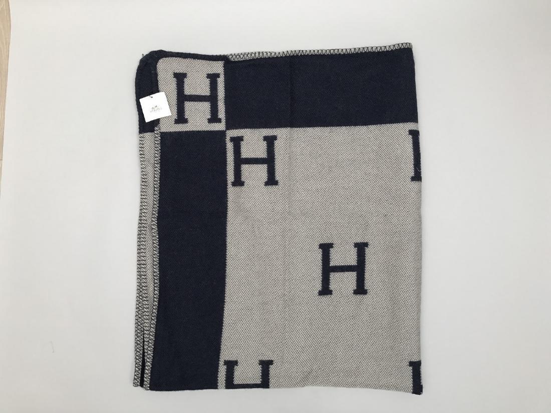 """HERMES PARIS PLAID en laine et cachemire """"H """". - 3"""