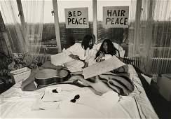 Tony GRYLLA N en 1941   John LennonYoko Ono bed