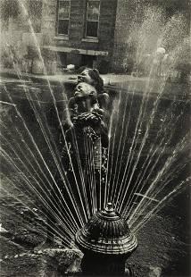 LEONARD FREED (1929-2006) Harlem, New York City.