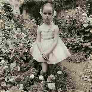 DIANE ARBUS (1923-1971)/NEIL SELKIRK (1947- ) Petal